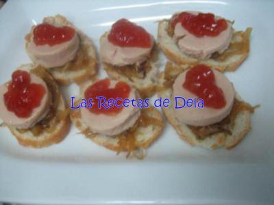 Tapa de pat de foie con cebolla caramelizada y mermelada for Canape de pate con cebolla caramelizada