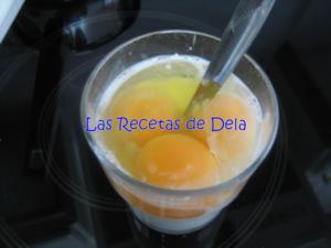 51 Hojaldre Relleno de Crema de Horchata
