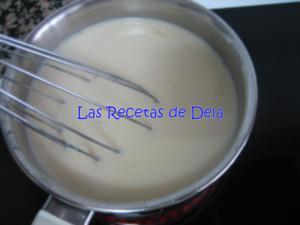 71 Hojaldre Relleno de Crema de Horchata